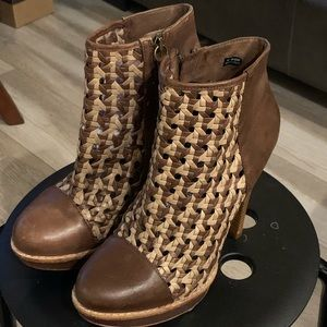 UGG ankle booties